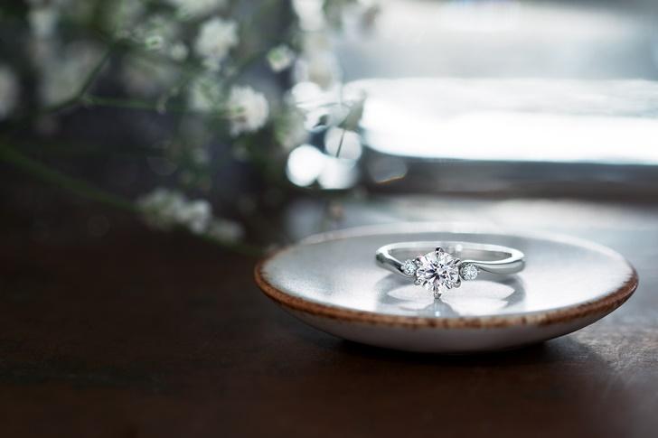 彼女の好きな婚約指輪を買う方法