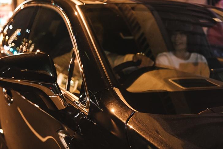 車で夜景を見に行く