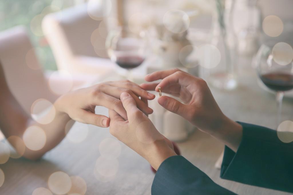 指輪でプロポーズ